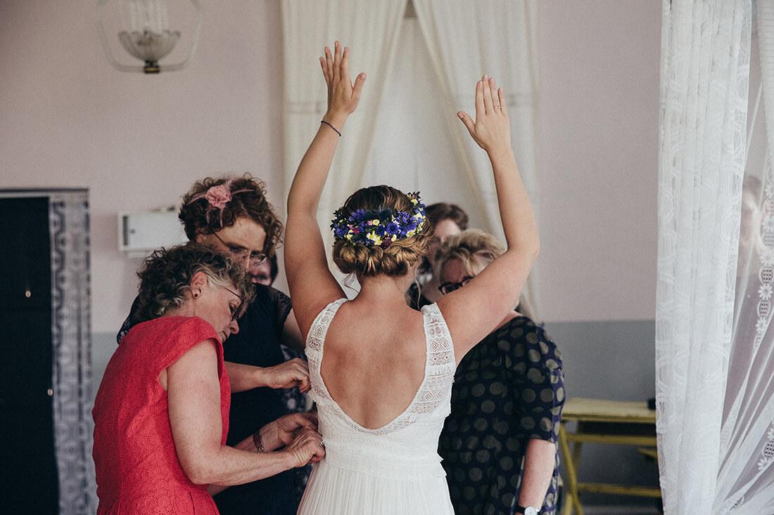 Brautportrait bei Getting Ready Hochzeitsreportage © Hochzeitsfotograf Miriam Ellerbrake 2018