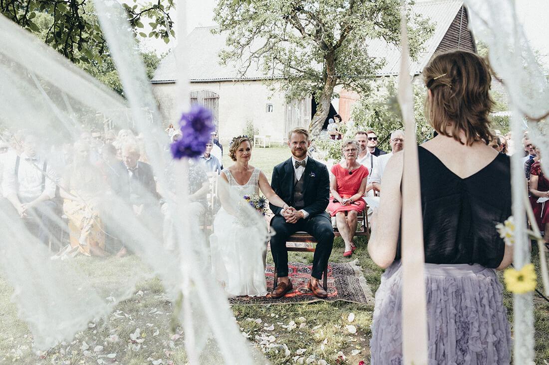 Freie Trauung im Schmetterlingsgarten © Hochzeitsfotografin Miriam Ellerbrake 2018